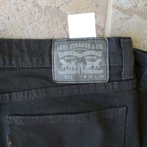 Levi's 511 black Labeled 36 x 34 actually  36 x 32